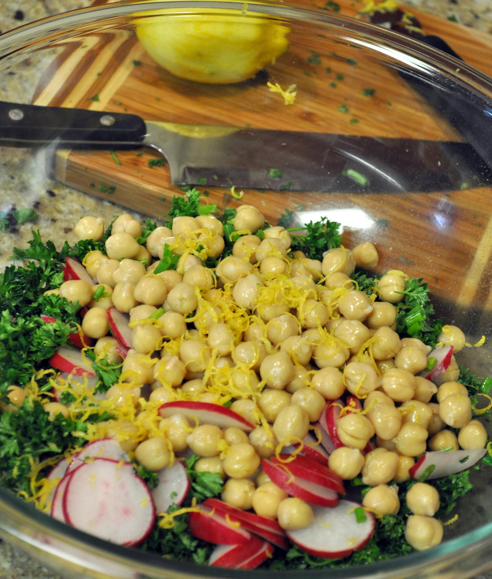 Spring Quinoa With Chickpeas, Asparagus, And Fresh Peas ...